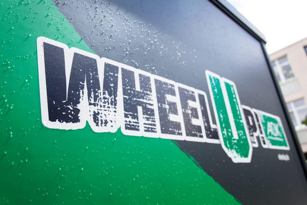 Wheelup Logo von der AOK Hessen