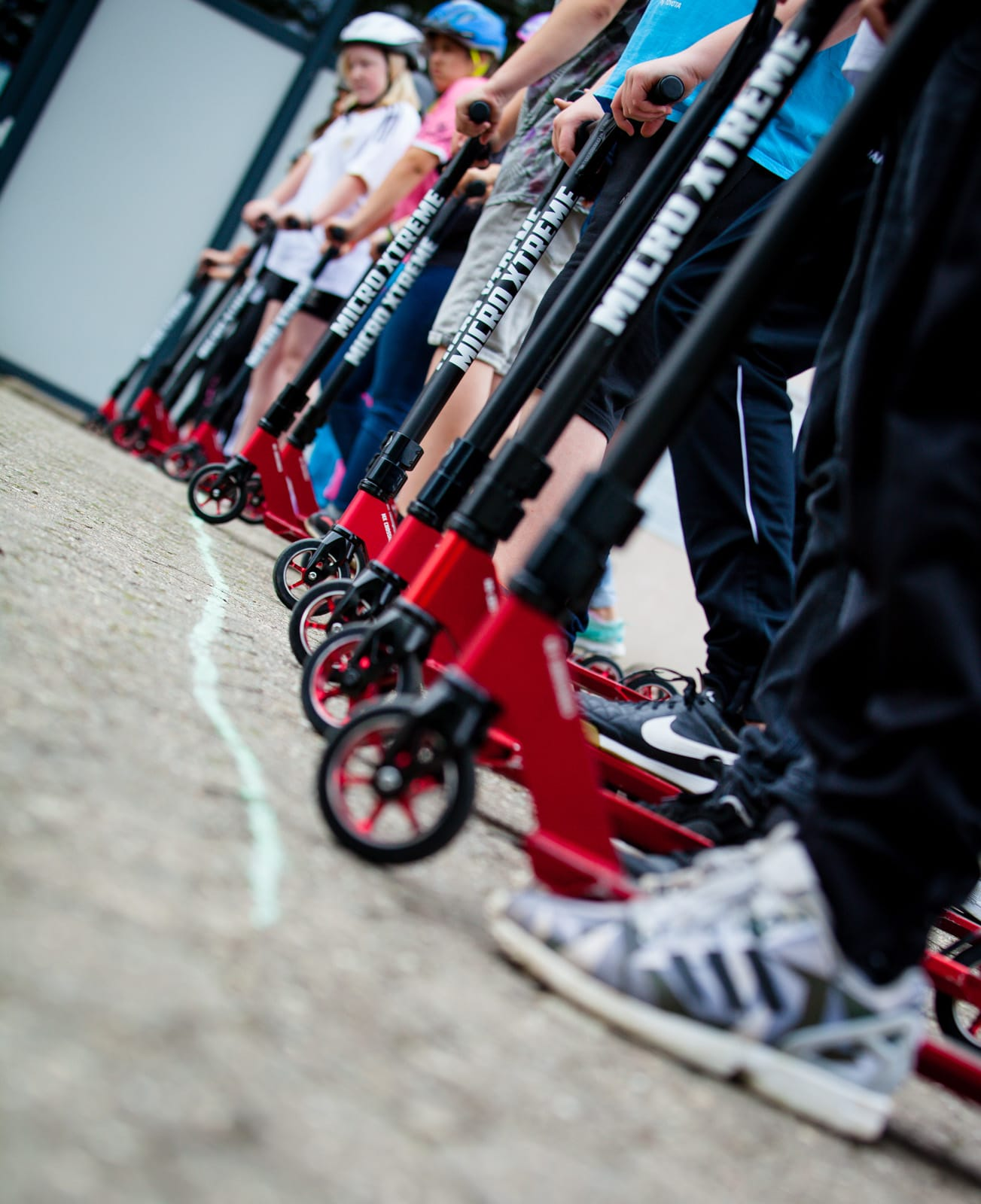 Roller Naheinstellung mit Rollern an einer Startlinie